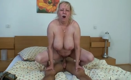 abuelas tetonas follando videos maduras xxx